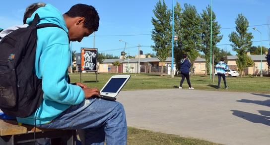 """Montevideo Será Una """"Ciudad Wifi"""" Con Internet En Plazas, Parques Y Rambla"""