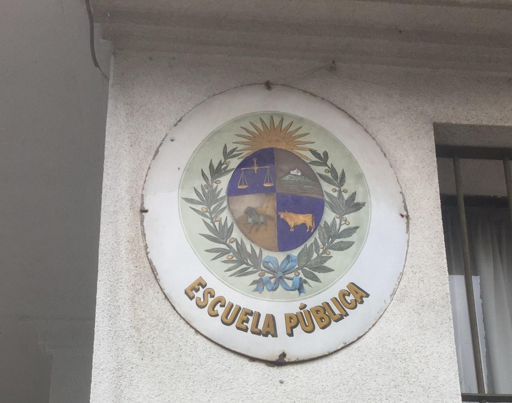 """La """"participación Ficticia"""" Y La Pérdida De Autonomía De La Profesión Docente En La LUC"""